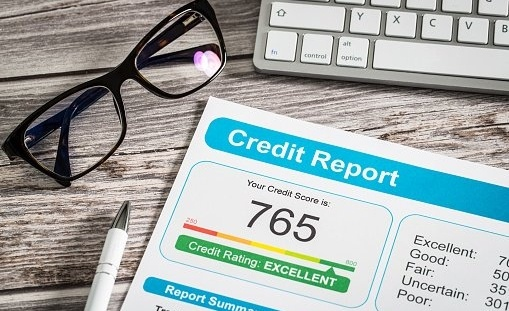 how to raise your credit score-689665-edited