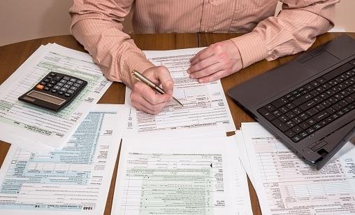 state income tax-191938-edited.jpg